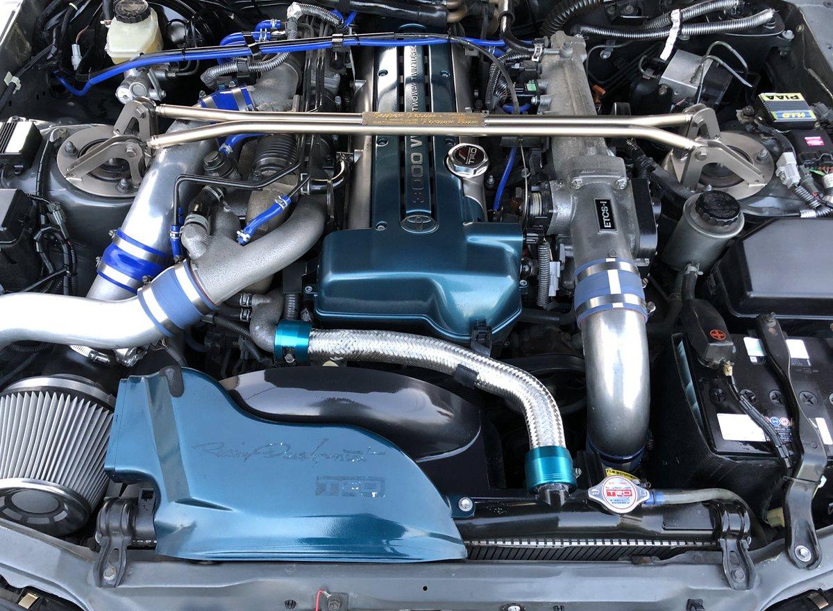 80スープラの魅力 パワフルなボディ 大型スポイラー&エロいケツ 2JZツインターボエンジン 総合するとカッコよくて乗っていて楽しいpic.twitter.com/kRNQUy0aBa
