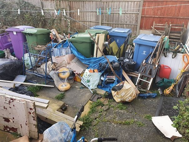 If you're using this time to #springclean the house and get rid of things you don't want... we ask that you please don't fly tip it! Flytipping is unacceptable at all times - please keep hold of your waste until services can resume. Learn more: buff.ly/39Mjy2G