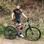 What a day for a short spin around the lanes 😍☀️ I love riding this bike, it makes light work of the steep Peak District hills!⛰🚴♀️ #torqfuelled #unbonkable #scottscale #scottbikes #noshortcuts #rideschwalbe #fibrax #lezyne