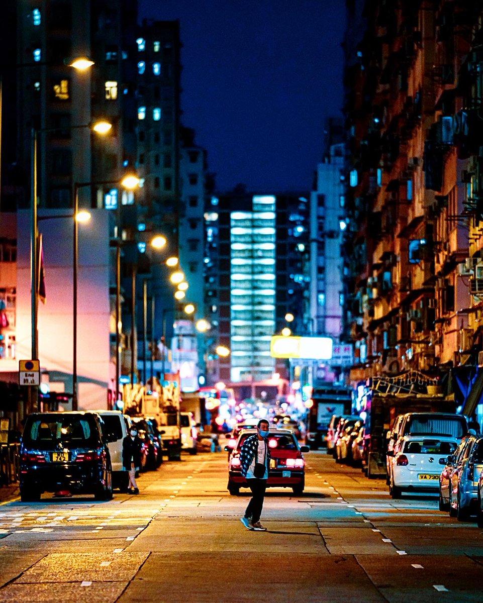 night street TKW #hongkong #discoverhongkong #streetphotography #nightshooters #香港 https://www.instagram.com/p/B-mlOFmpiX-/?igshid=bbgjk85hj1r7…pic.twitter.com/2uSCiBgXR5