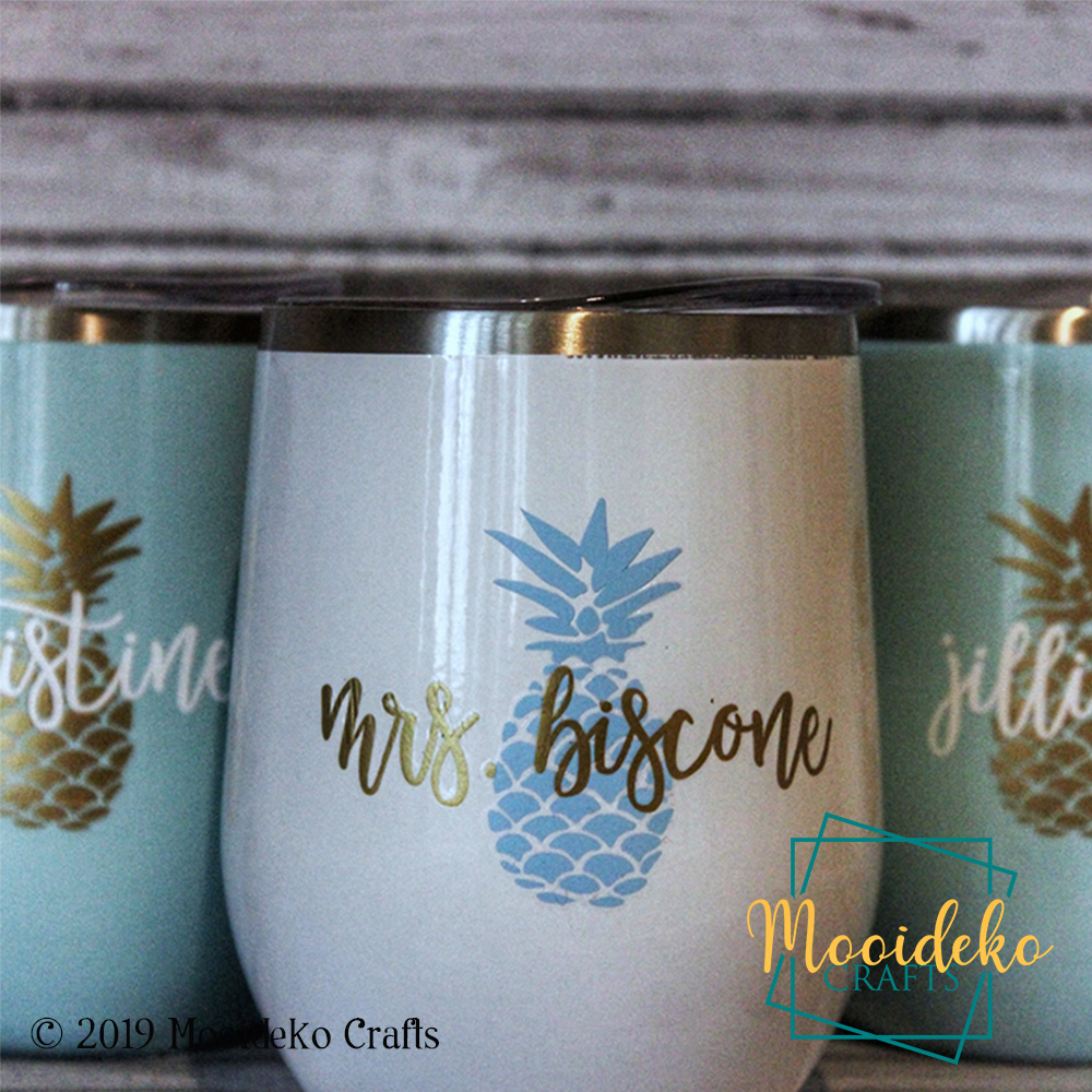 Planning a wedding for later this year? These tumblers make great gifts for your bridesmaids & house party!  I can customize names, images, colors and make it match exactly what you love #drinkware #wine #tumbler #coffee #coffeeuntilwine  #Custom #Personalized #Crafty #CraftyMompic.twitter.com/9oOvkF86Cx