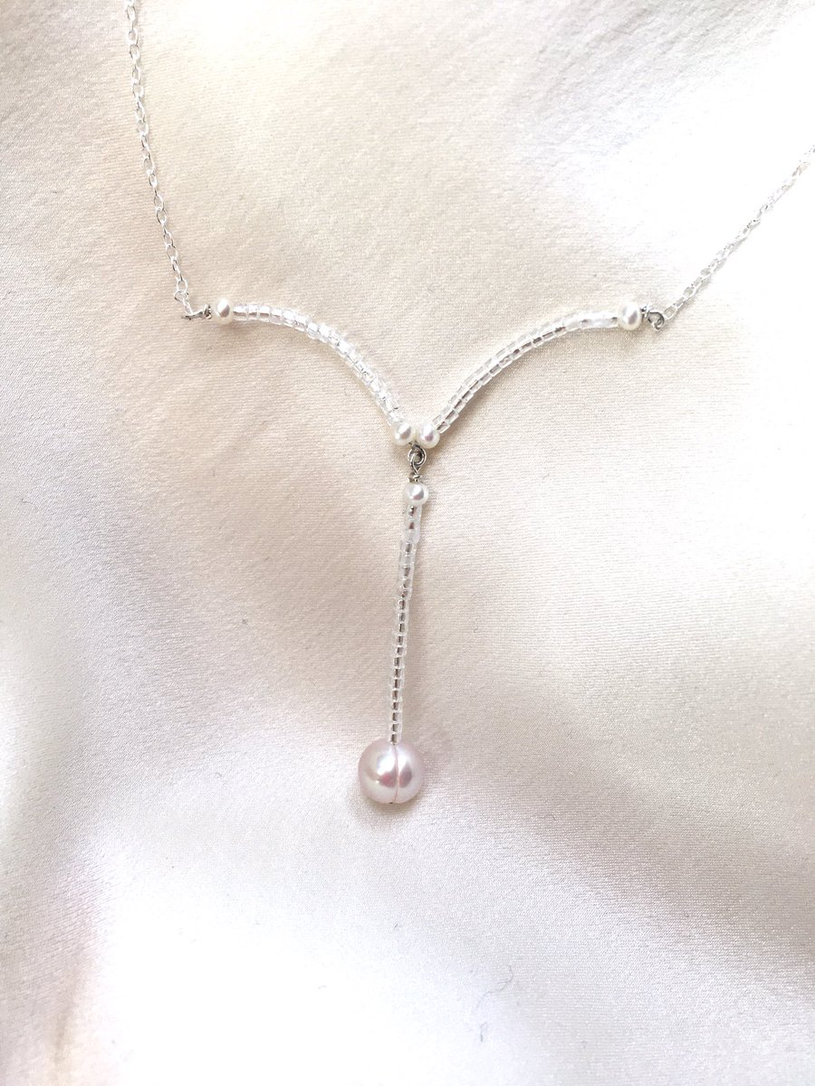 Gorgeous freshwater pearls for every occasion. Natural colour, shimmering sparkles, and unique designs.  http://etsy.com/UK/shop/NaimaPearls… #springcollection #anniversarygifts #naturalbeautypic.twitter.com/pmX4n9V65c