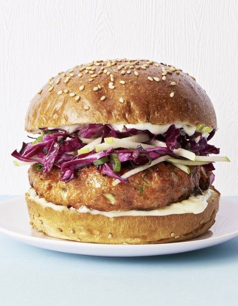 With curry powder and an apple, cabbage, and cider vinegar slaw, these salmon burgers might just outrank your go to beef recipe  #weightloss #healthy #nutrition #food #foodie #picoftheday #Motivation #diet #fitness #HealthyRecipes #protein #health #eatwell #FitnessMotivationpic.twitter.com/q92gyGyXWF