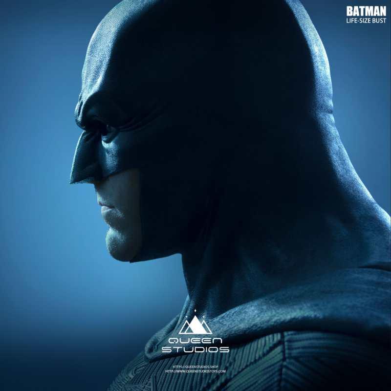 Batfleck life size bust by Queen Studios (final look) Release soon. #Batman #JusticeLeaguepic.twitter.com/257b0i1VeG