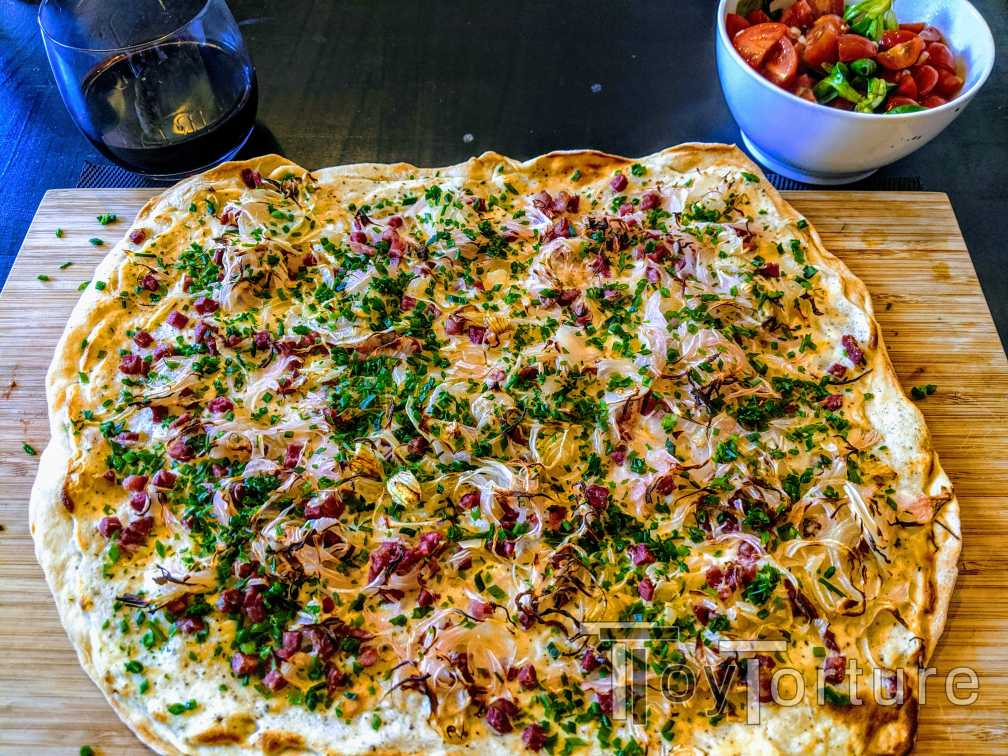 test Twitter Media - If @Pup_Matt came from Alsace, this would be as painful as croissants with Marmite: Tarte Flambée paired with red wine 😂  But the Cuvée Noir was open and needs too go 🥴 #KochenMitToyTorture https://t.co/laMXNFnmqp