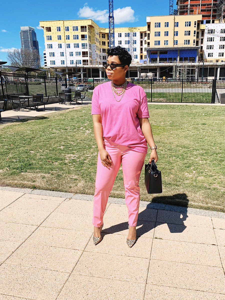 Happy Sunday Folks! I soooo miss outside! How about y'all? • • • • • • #naesway #pinkpinkpink #pinkattire #blackgirlswhoblog #blkgirldaily #plt #styleinspo #cltinfluencer #cltblogger  #pinkonpink #vinylpantspic.twitter.com/Z4cHMt1W2U