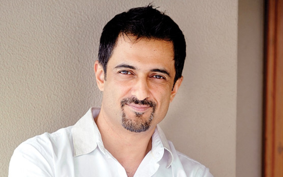 May God bless you with wonderful times ahead. We wish you peace, happiness, great life. Happy Birthday!! #SanjaySuri #6April #bollywood #actorc #tvactor #celeritiesbirthday #bestactor #celebration #webtafripic.twitter.com/LabAvsneDy