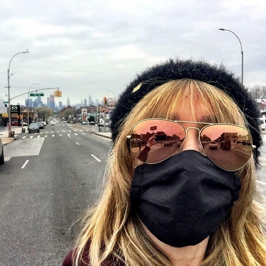 Empire State horizon  #weareinthistogether #nyc pic.twitter.com/osAiEsNoAS
