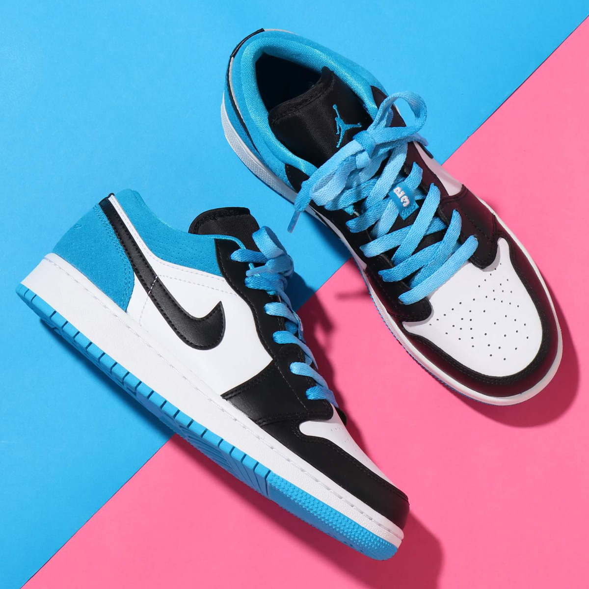 Kicks Deals Canada A Twitter Perfect For Shorts Season That Also Won T Break The Bank Like Other Blue Aj1s You Won T Want To Sleep On This Great Laser Blue Colourway Of