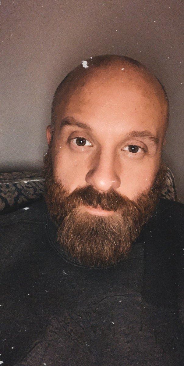 Let's get physical... #snapchat#filter #selfie #instaselfie #instagay #instabear #instabeard #instawoof #beard #beards #beardlife #beardlovepic.twitter.com/zehcZwpTcy