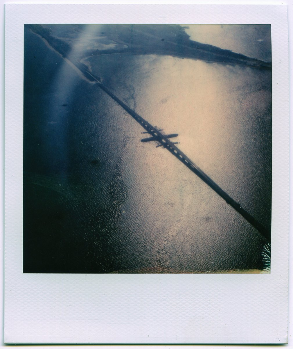 Above Jamaica Bay (2017) #Polaroid from my past pic.twitter.com/hkMvDhJmvs