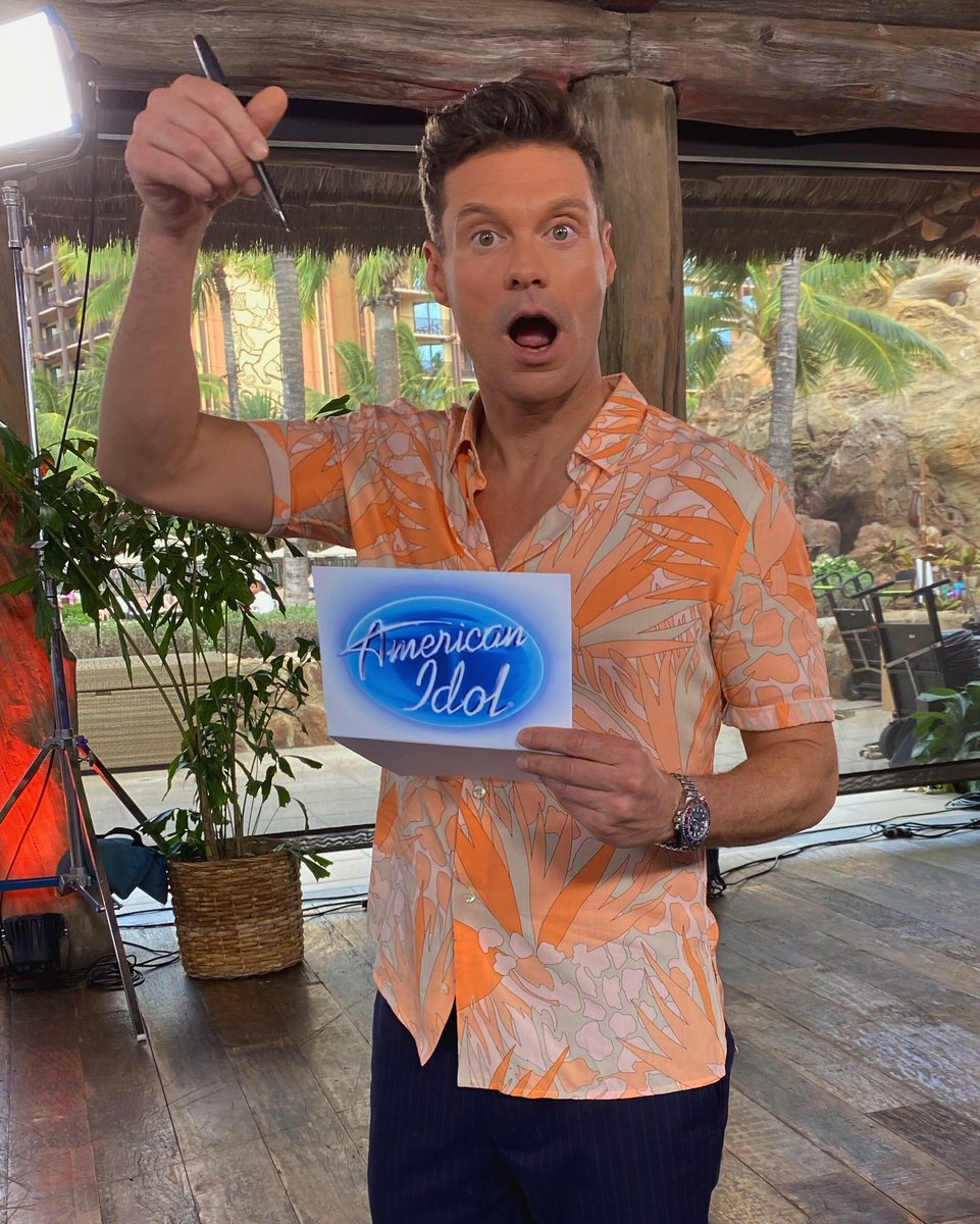 In my hands.... the biggest twist in #AmericanIdol history. Keep watching - the reveal is just a few moments away!