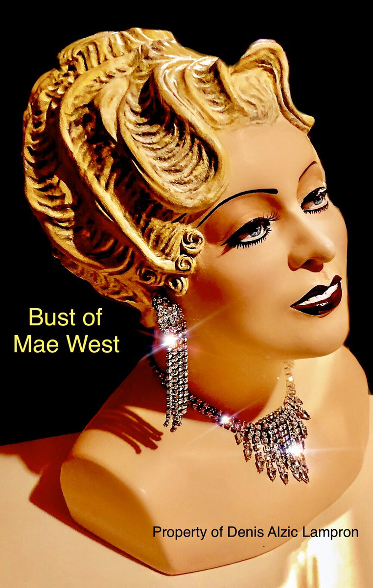On tour with the Bust Of Mae West in Spain 2014. #MaeWest #Spain pic.twitter.com/V1H4AIaxld