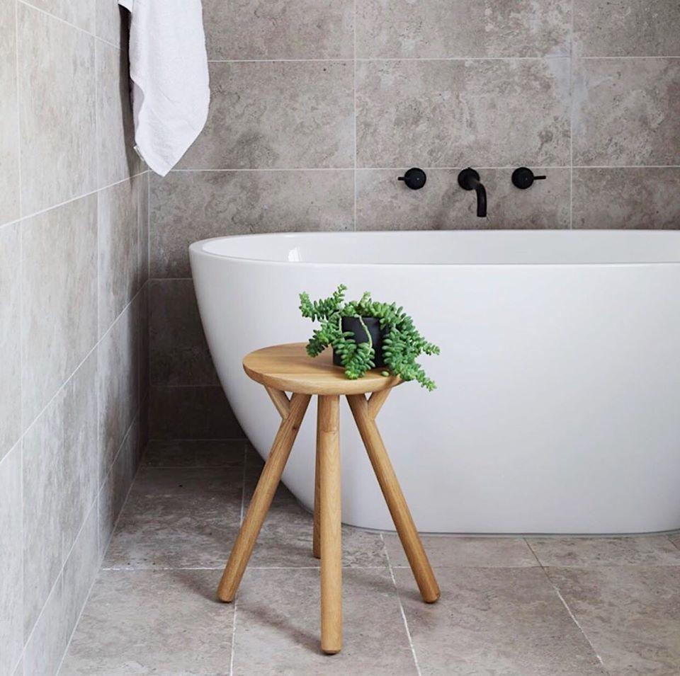 Achieve the ultimate statement in your bathroom with #Meir #matteblack #tapware Project by studiob.interiordesign  @designbykohl #MeirBlack #MeirAustralia #premium #bathroom #modern #interiors #interiordesign #styling #blacktaps #sleek #monochrome #modern #bathtubpic.twitter.com/16UAXQv0Vz