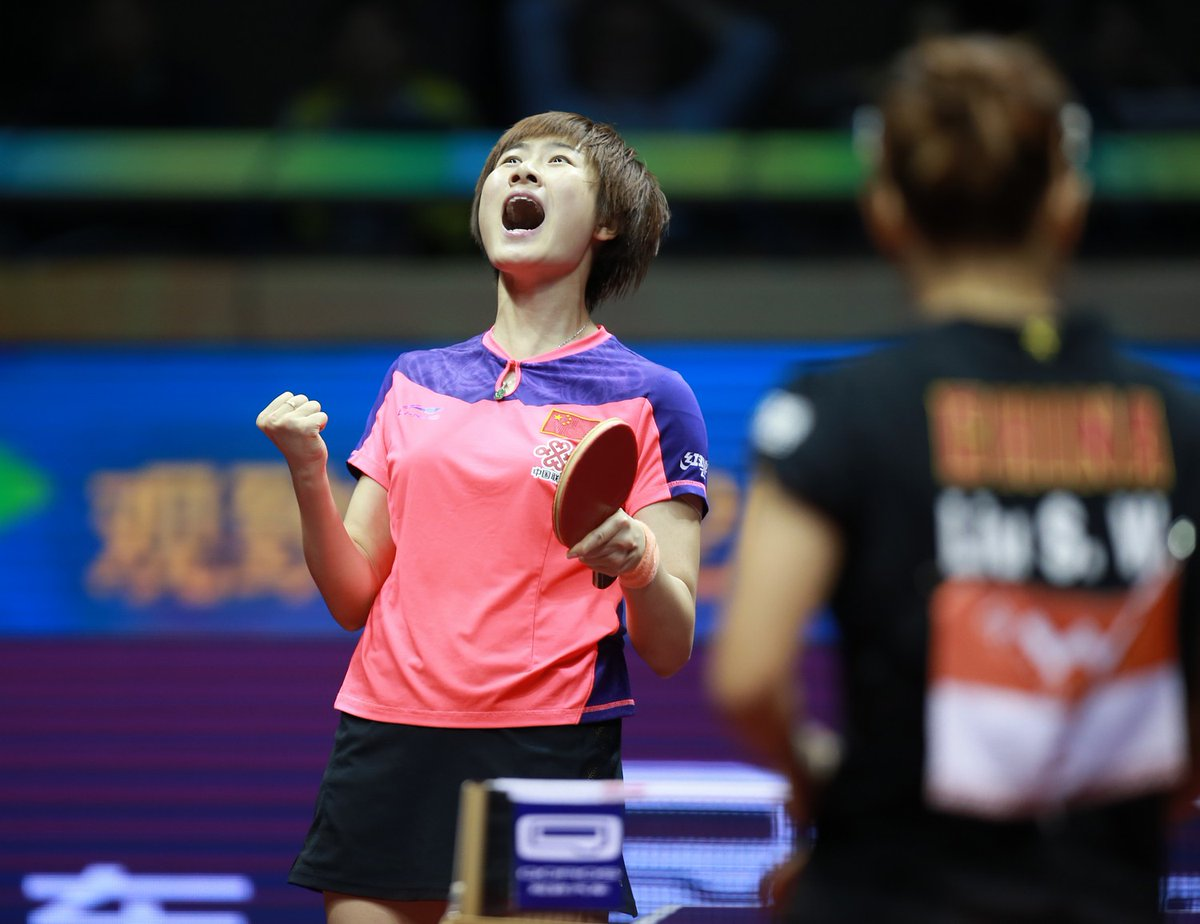 Remember when Ding Ning  overcame an ankle injury at the 2015 World Championships Final to take the Women's Singles crown  Relive her epic clash with Liu Shiwen  in Suzhou  http://bit.ly/UltimateWTTD2020…  #UltimateWTTD #WorldTableTennisDay #6April #StayHomeWithTT #ITTFSmashbackpic.twitter.com/B91lGYe7mr