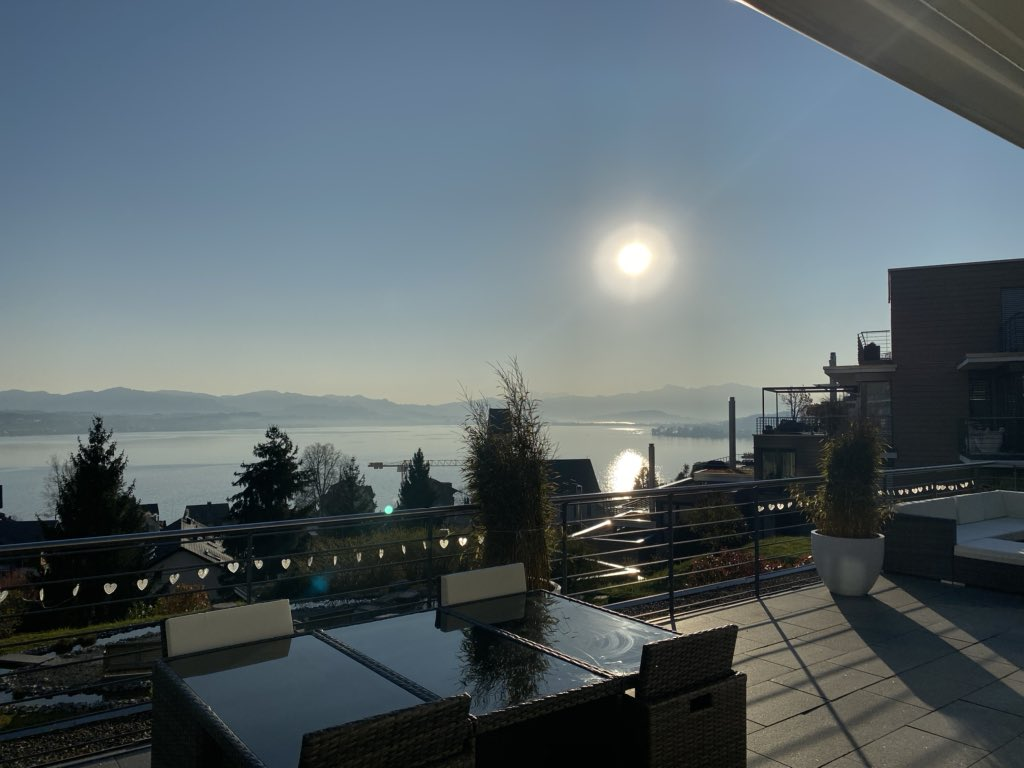This morning's #view (with balcony furniture! Yay!) pic.twitter.com/KAmf7XIsxg