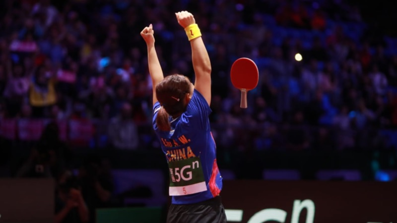 Pure emotions from Liu Shiwen after ending 10 YEAR wait to become World Champion  Relive her clash with Chen Meng in the final hurdle NOW  http://bit.ly/UltimateWTTD2020…  #UltimateWTTD #WorldTableTennisDay #6April #StayHomeWithTT #ITTFSmashback #TableTennispic.twitter.com/Tba9gL28GY