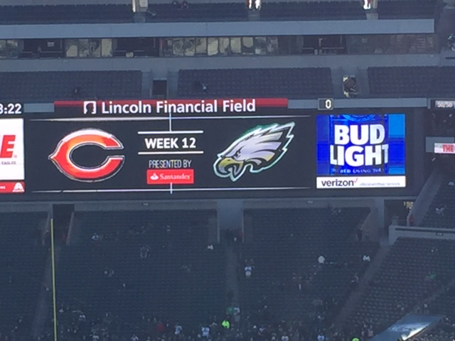 Bears - Eagles game 2017 at Lincoln Financial. An excellent east coast stadium for a game, especially when DaBears are in town. East Coast Bears fans love Bears road games closer to us pic.twitter.com/nJD9Rgf0St