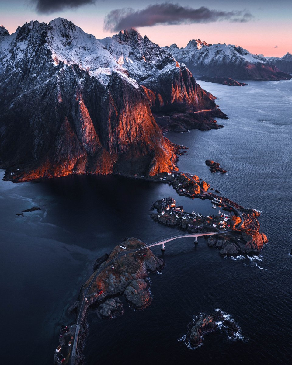 Today's stunning #POTD is by Kelvin Yuen who captured this incredible view of Norway's Lofoten Islands on his Mavic 2 Pro <br>http://pic.twitter.com/6nOlZjdxEF