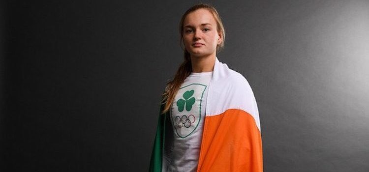 """🏊♀️ 🇮🇪 """"It showed me, and hopefully showed others, that you can come from a small club, a small place, a small country and be the best."""" 🥇 It has been a 'crazy ride' so far for @MonaMcsharry - now, in lockdown, the swimmer who can't swim Interview: donegalsporthub.com/tennessee-and-…"""