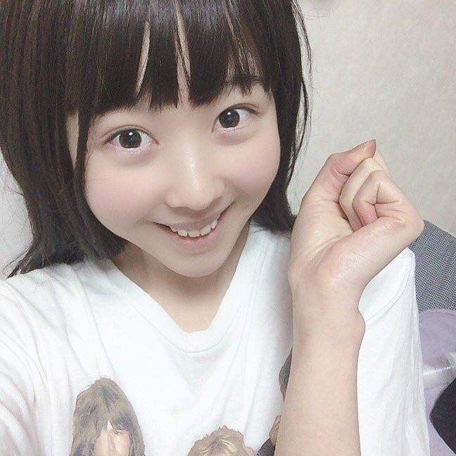 本田望結に似てる風俗嬢・金城レイラのエロ自撮り