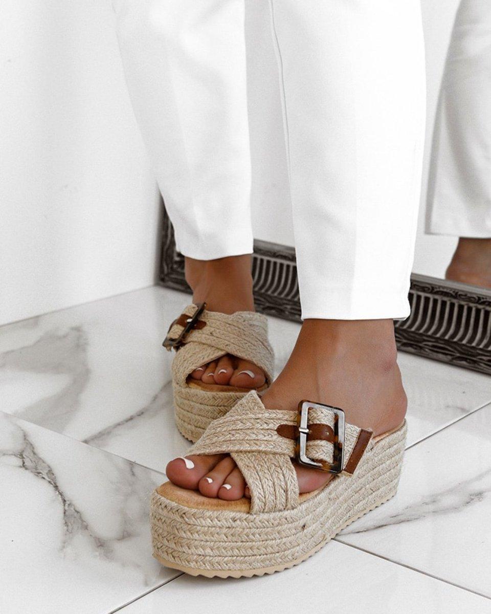 Λίγη πραπάνω πλατφόρμα δεν έβλαψε κανέναν. Πλατφόρμα Ψάθινη Μπεζ ''Make The Move'' , 28,90 € Shop online: http://Forebelle.com #forebellefashion #summershoes #sale #discount #platformsandals #strawshoes #shoeaddict #shoeposrn #summer2020 #springcollection #womensfashionpic.twitter.com/k2Eszei2TF