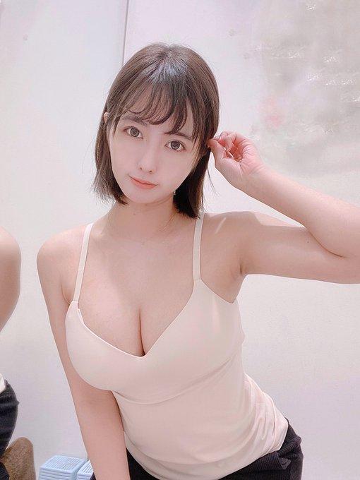 バネッサパンエロい 台湾グラドルヴァネッサ・パンの5年ぶりのグラビアが孕ませたく ...