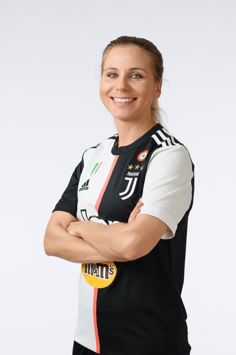 """#APortraitADay 📸  A Finnish full-back with finesse, @tuijahyyrynen is a stalwart to the Bianconera backline & takes no prisoners when on the field. Off it she is smart, friendly & delightful👌2️⃣  Her motto: """"The will to win is important, but the will to prepare to win is vital."""""""