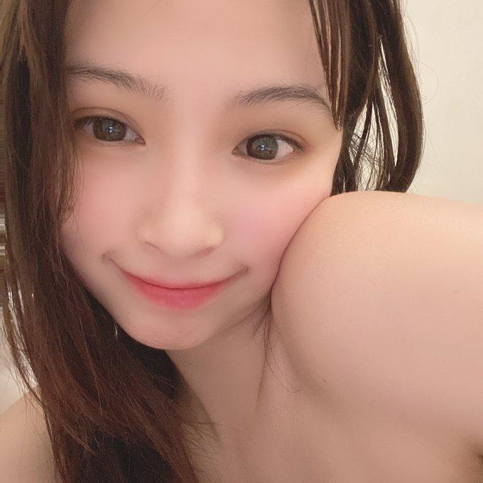 グラビアアイドル鶴巻星奈のTwitter自撮りエロ画像70