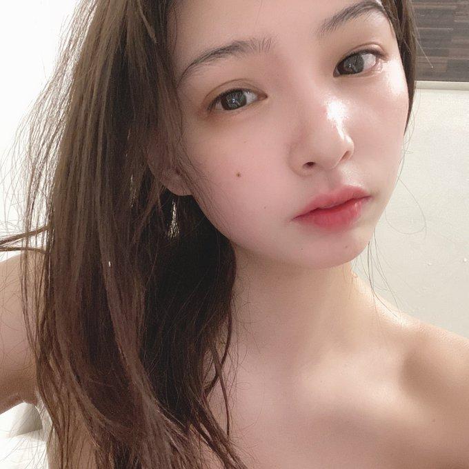 グラビアアイドル鶴巻星奈のTwitter自撮りエロ画像71
