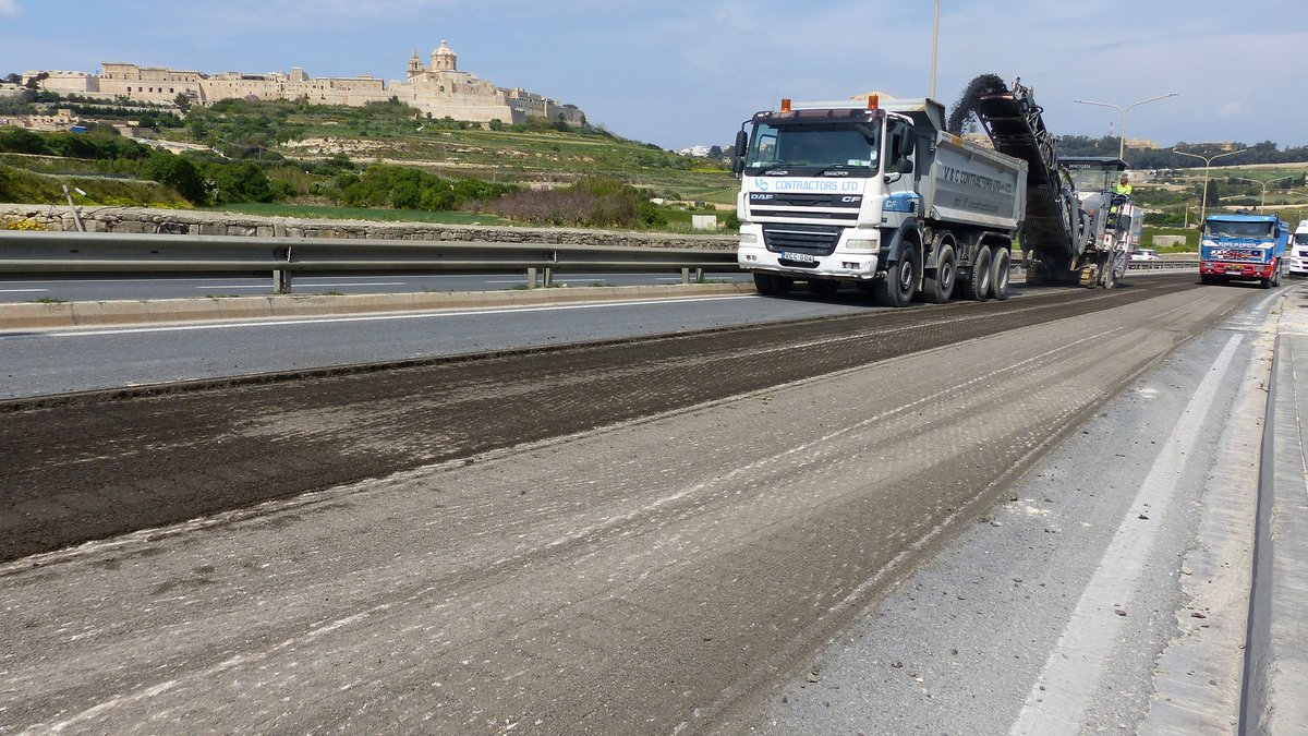 We are starting maintenance works of south carriageway of Hemsija area bypass road, from Il-Buqana Rd roundabout to Saqqajja Hill roundabout, #Rabat.  South lanes closed during works for 4 weeks.  Diversion - Ta' l-Infetti Road & Saqqajja Hill. http://bit.ly/hemsija6-30aprpic.twitter.com/AqgxMUOvYQ