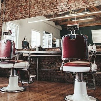 We're making #housecalls for #haircuts! Call 212-353-0100 and we'll come to you, #NYC!    #gramercybestbarbers #nycbarber #barber #barberlove pic.twitter.com/Ec2RGZKLln
