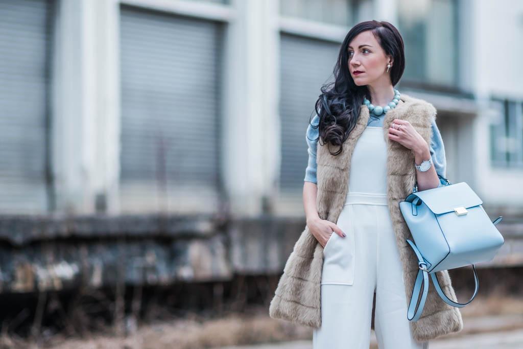Weißer Jumpsuit — Closet London https://cmun.it/uxn1zrl [Anzeige] #fashion #fashionblogger #ootd #outfit #styling #blogger #PetiteFashion #Modetrend #Trend #mode #lookbook #springfashion #fashiontrend #juliesdresscode #frühling #spring #throwback2017pic.twitter.com/J3WQC6CImI
