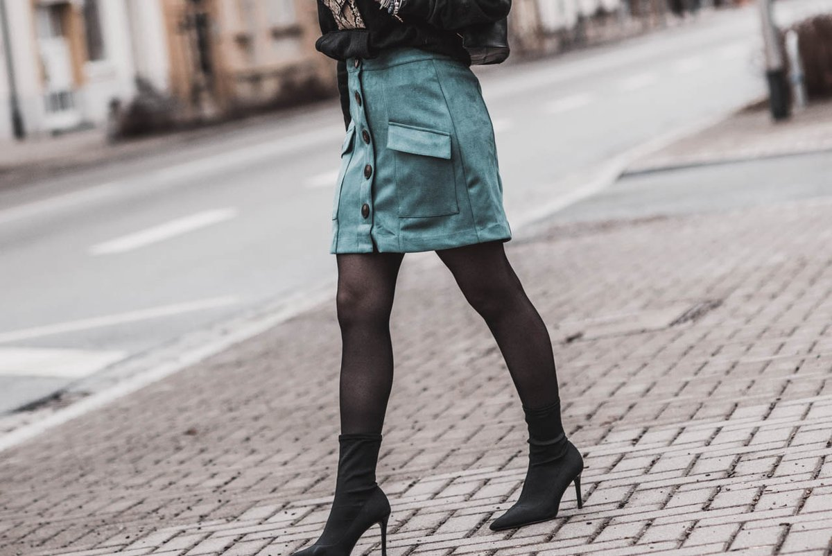 (Anzeige) Die perfekte Strumpfhose — mach den Test mit Calzedonia https://cmun.it/svuwla5 @TweetCalzedonia @blogfoster #italianlegwear #basiccollection #gewinnspiel #fashion #fashionblogger #ootd #lookbook #juliesdresscode #nylon #strumpfhosepic.twitter.com/o0iaXSKzSB