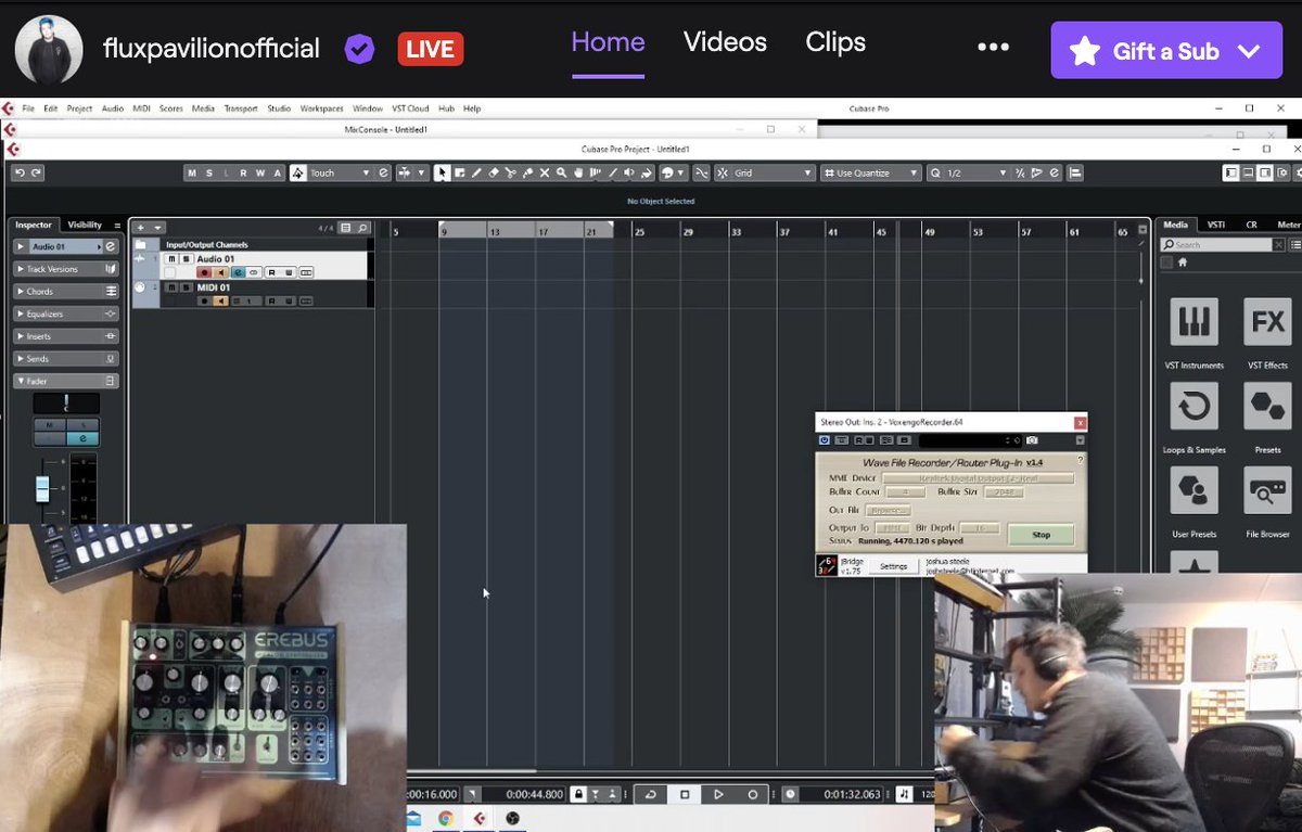 FromTheLab live now http://twitch.tv/fluxpavilionofficial…