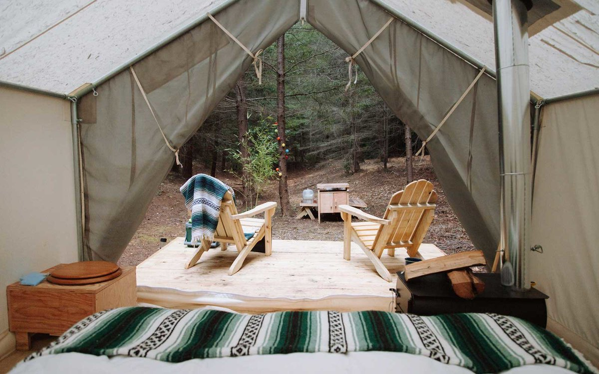 Tentrr is here to help you explore remote locations across the United States. #glamping #travelideas  http://cpix.me/a/95034311pic.twitter.com/a6psqk6rGA