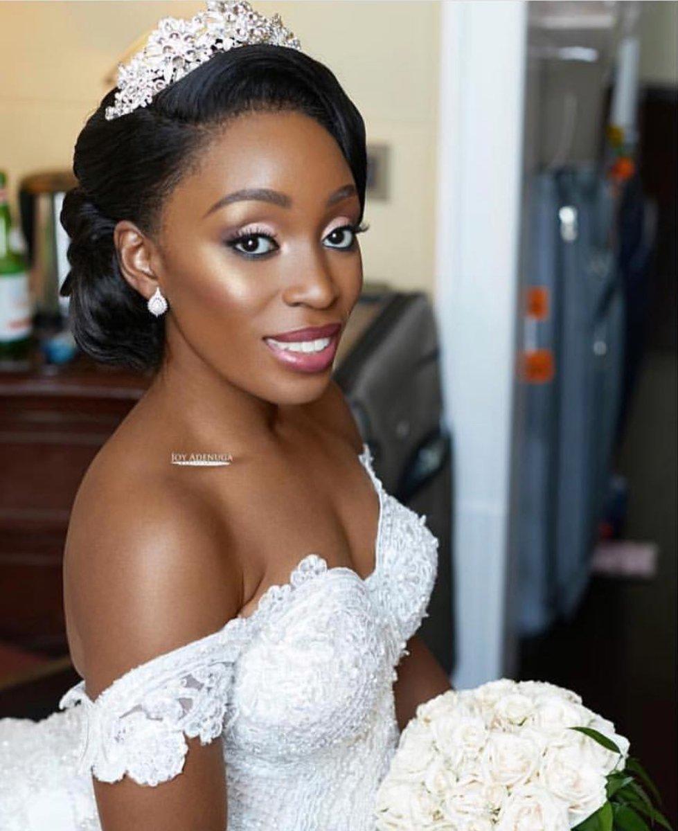 LUXE BRIDAL MAKEUP:  @oyinwa  . . . . . #luxebride #luxekurves #lifestyle #lafw #nyfw #weddingvibes #wedding #media #model #makeup #blackbride #blackwomen #fsfashion #fashionpic.twitter.com/1o2tQEZYNK