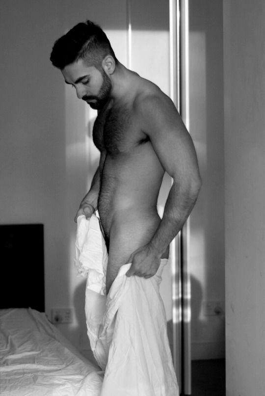 Beautiful naked arab men