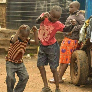 My mood Tomorrow when Mr @renoomokri & Mr @APOSTLESULEMAN finally BLess my Aza with the Help of Mr @DeleMomodu @ighalojude.... #HappyMood # #ApostleSulemanStayAtHomeChallenge #FreeLeahSharibu #CoronaVirusInNigeria pic.twitter.com/IhjVlqCT41