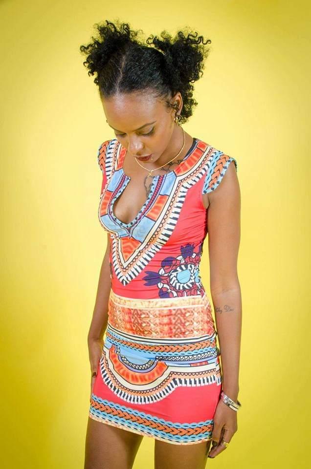Félicitation à @Qweenggy notre nouvelle égérie de notre marque #STREETWEAR #SPORTWEAR  #glamour #blackwoman #Caraïbbaen is beautiful.pic.twitter.com/MsQs9DwuiF