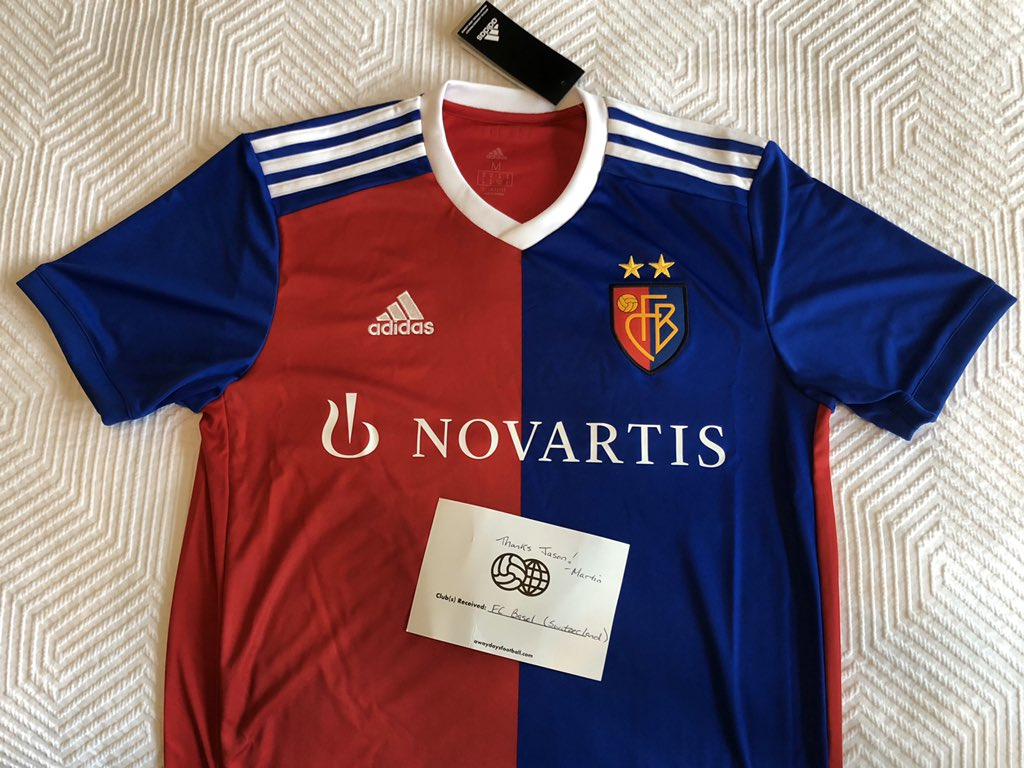 My April mystery kit from @AwayDaysFutbol is so good!! @FCBasel1893 ..I didn't know you before today... but I'll be rockin' your kit hard!! <br>http://pic.twitter.com/hJQO9DkBl6