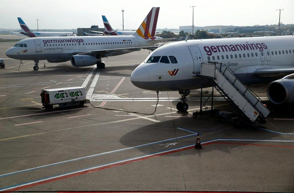 Lufthansa to discuss permanently grounding Germanwings: sources https://t.co/IkwBA8wgof https://t.co/xxf9FBwby3