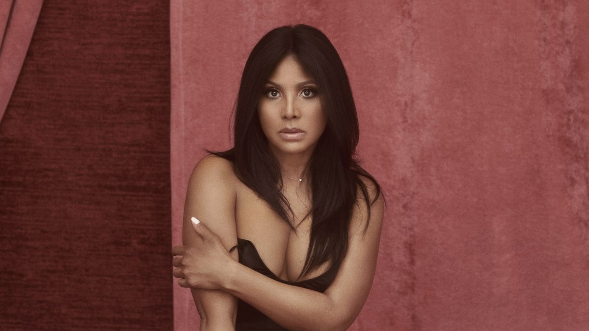 "@ToniBraxton is back with new music and a new home label.   Hear her new single, ""Do It,"" here: https://trib.al/1eXWbee  pic.twitter.com/bJnPeGonah via: @vibemagazine"