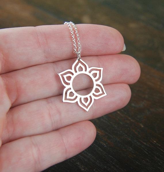 #wealth #Health #vibes Lotus Flower Pendant Necklace https://shop.tirisulayoga.com/lotus-flower-pendant-necklace/…pic.twitter.com/dp20QG0lfp