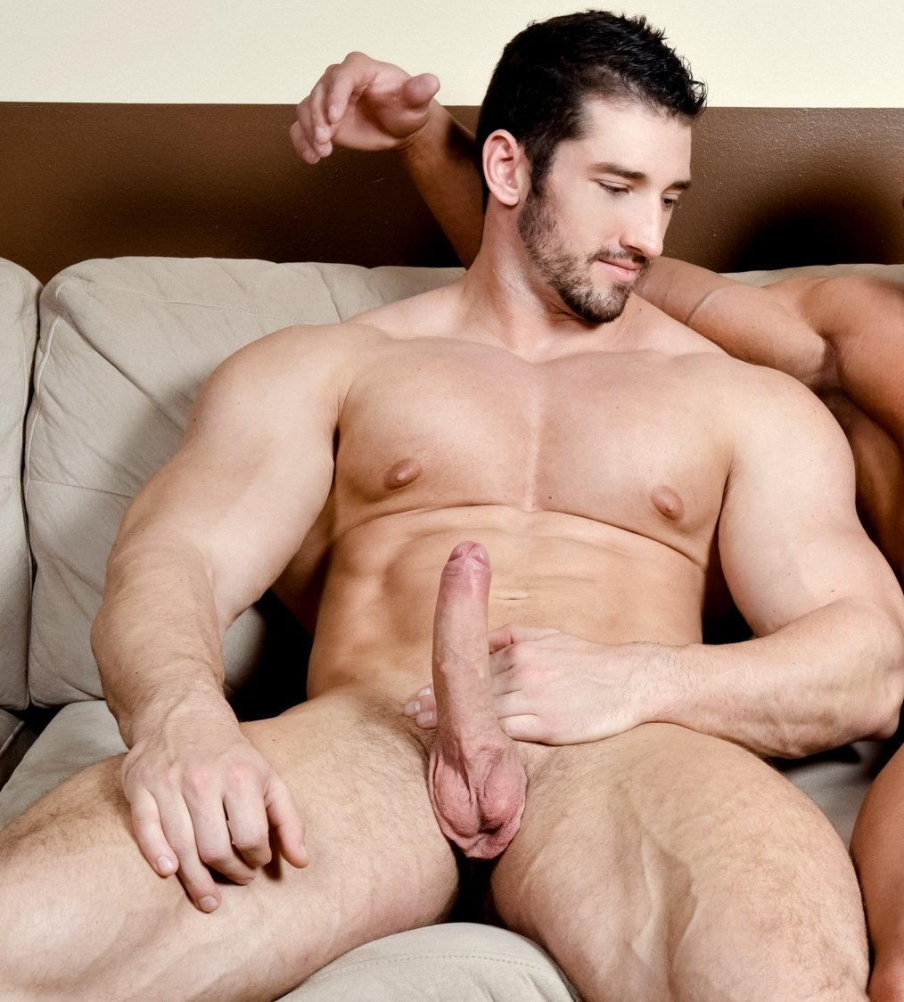 Paragon Men Gio Shows Off His Ripped Muscle Body And Huge Thick Dick