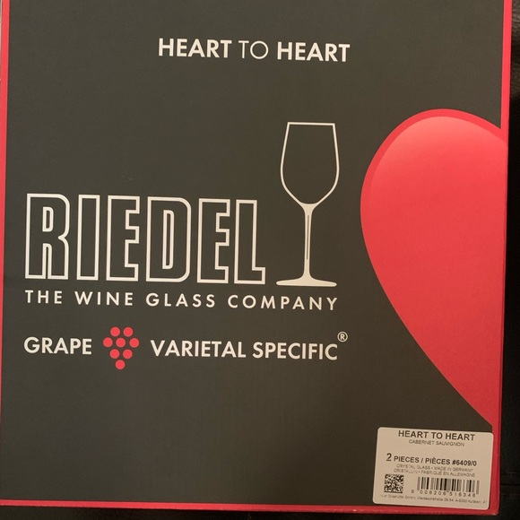 test ツイッターメディア - So good I had to share! Check out all the items I'm loving on @Poshmarkapp #poshmark #fashion #style #shopmycloset #candies #riedel #chanel: https://t.co/UQ61gJEewF https://t.co/ossgPc51Et