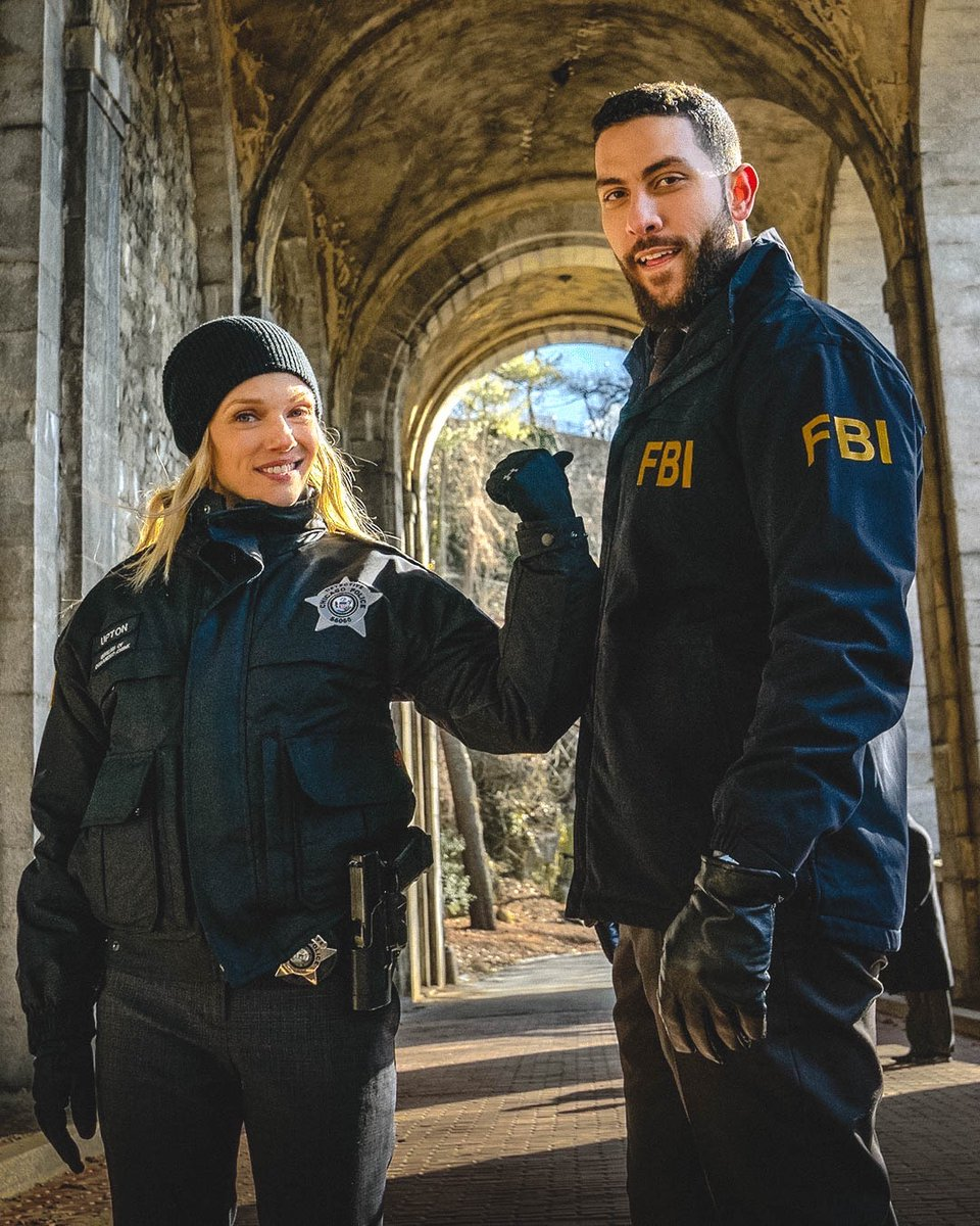 Big news! @nbcchicagopd's @spiridakos will guest star as Hailey Upton on the next episode of @fbicbs:  https:// bit.ly/2JfdTaz     #ChicagoPD #FBICBS<br>http://pic.twitter.com/TcE1jX6sac