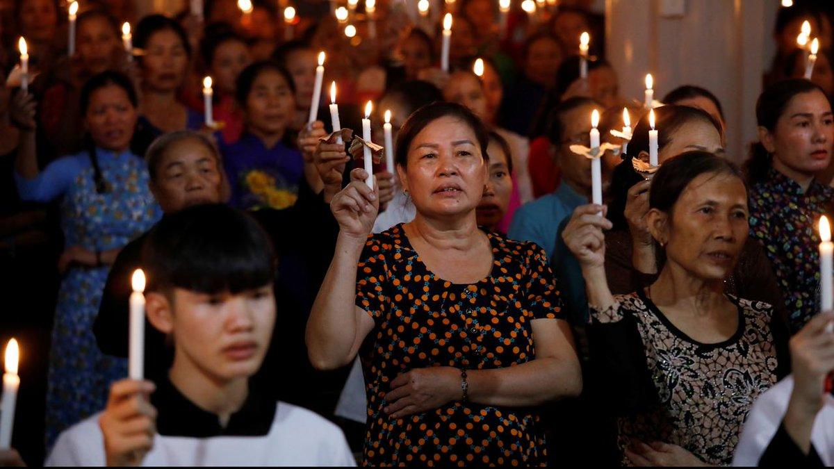 Follow us on YouTube Rapporteur: Verdwenen Vietnamese kinderen slachtoffer van mensenhandel....