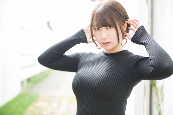 グラビアアイドル紺野栞のTwitter自撮りエロ画像29