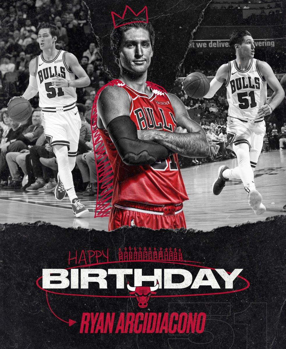 Happy Birthday @RyArch15! RT to help wish him a Happy Birthday 🎂